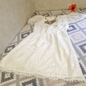 BB Dakota Dresses - Adorable White Lace Dress